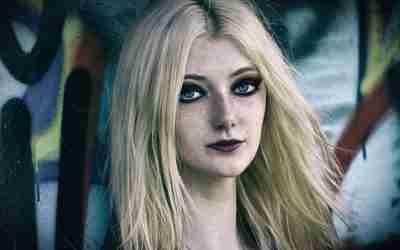 Il corpo come maschera nell'adolescenza – Psicologo Livorno
