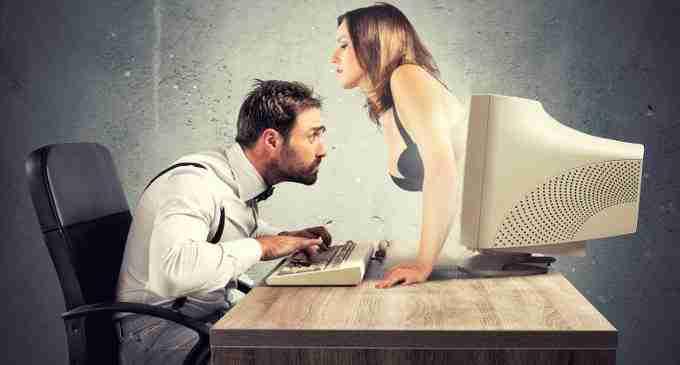 Periferia dell'immaginario: La Pornografia