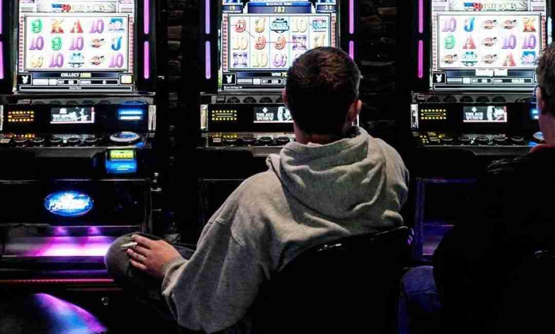 Giocatore d'azzardo sedotto dalla sfortuna
